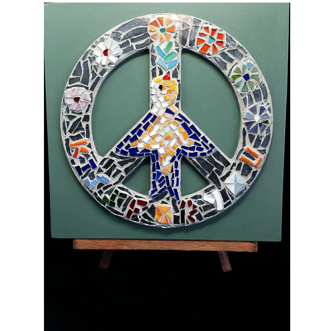 Piece by Piece Peace symbol LR